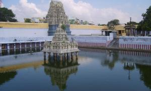 Kanchi-Kamakshi-Temple-Kanchipuram1